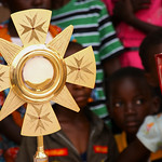 AF 605 - DR Congo, Bandundu, Corpus Christi in the parish of Jesus Christ the Source of Life