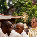 AF 594 - DR Congo, Bandundu, Corpus Christi in the parish of Jesus Christ the Source of Life, Fr. Piotr Handziuk SVD